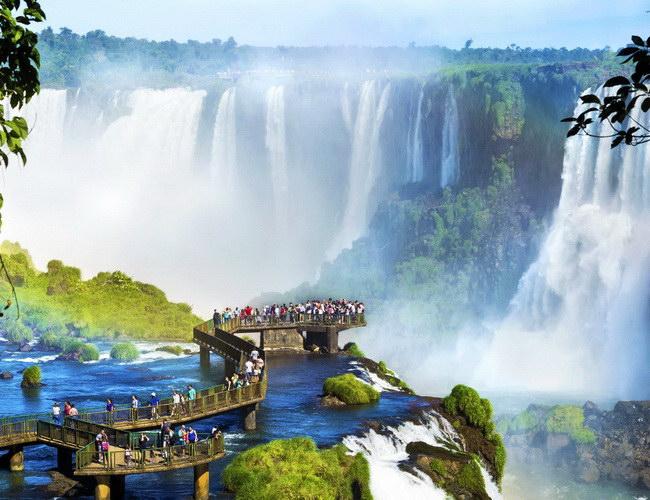 Xvlor Iguazu Falls or Iguazú Falls or Iguaçu Falls