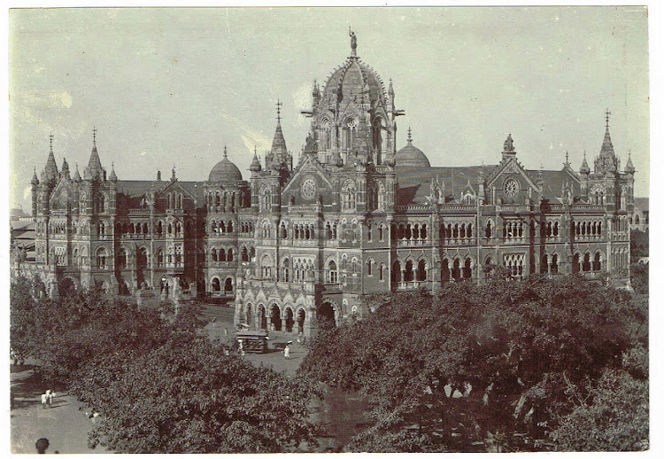 Victoria Railway Station in Bombay (Mumbai) c1900