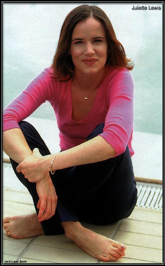 Juliette Lewis Feet