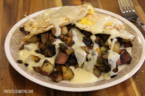 Steak Hash with Pepperjack Sauce #recipe #breakfast #steak #beef #hash