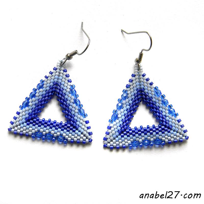 Серьги-треугольники из бисера купить украшения ручной работы