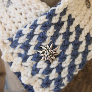 Loom knit sampler cowl