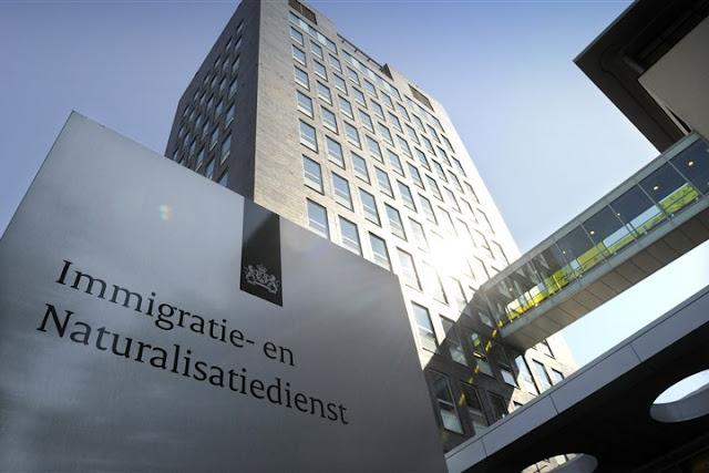 التقدم للحصول على تصريح الإقامة الدائمة في هولندا