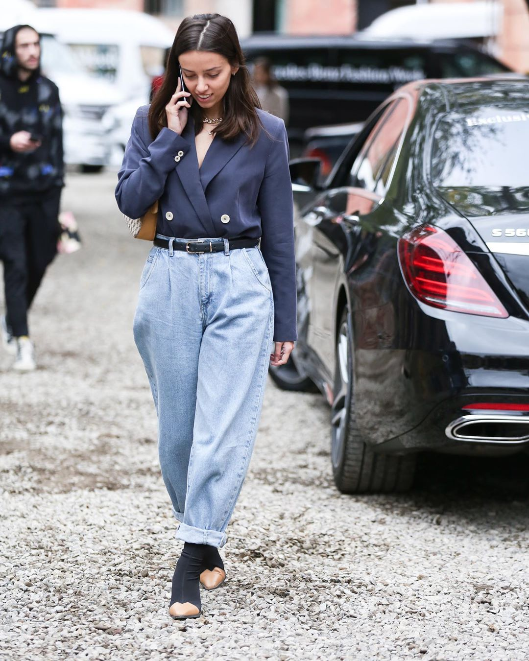 High-Waisted Mom Jeans are Still Having a Fashion Moment