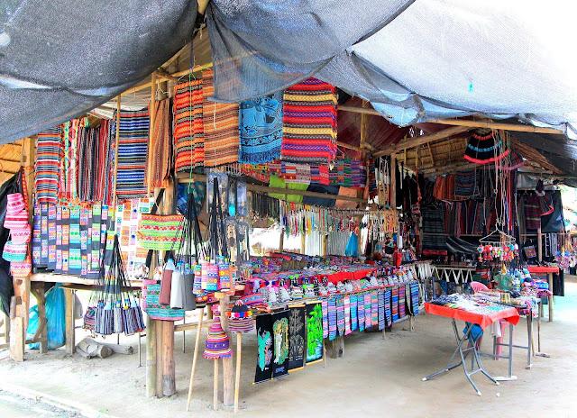 Shopping Travel Blogger Photography Chiang Mai Thailand