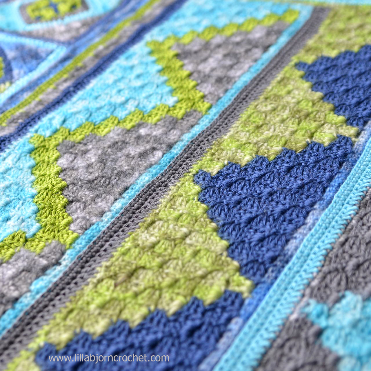 Spirits of Life Wrap CAL: Part 5. Corner-to-Corner crochet again! Designed by www.lillabjorncrochet.com in collaboration with Scheepjes