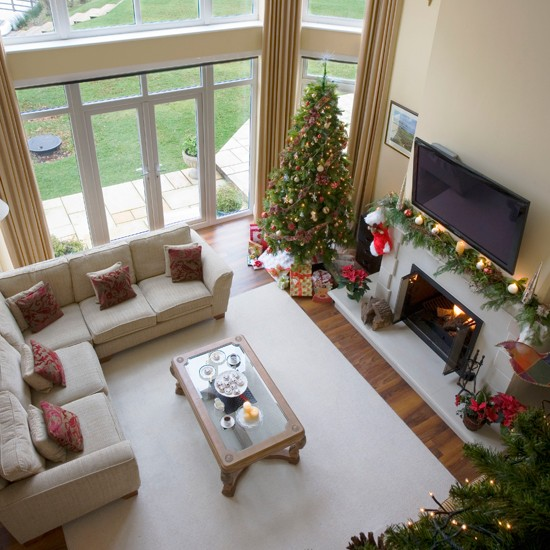 Homes Decorated For Christmas On The Inside