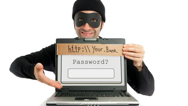 To Iss Trah Hackers Hamare Account Aur Password Ko Hack Karte Hai