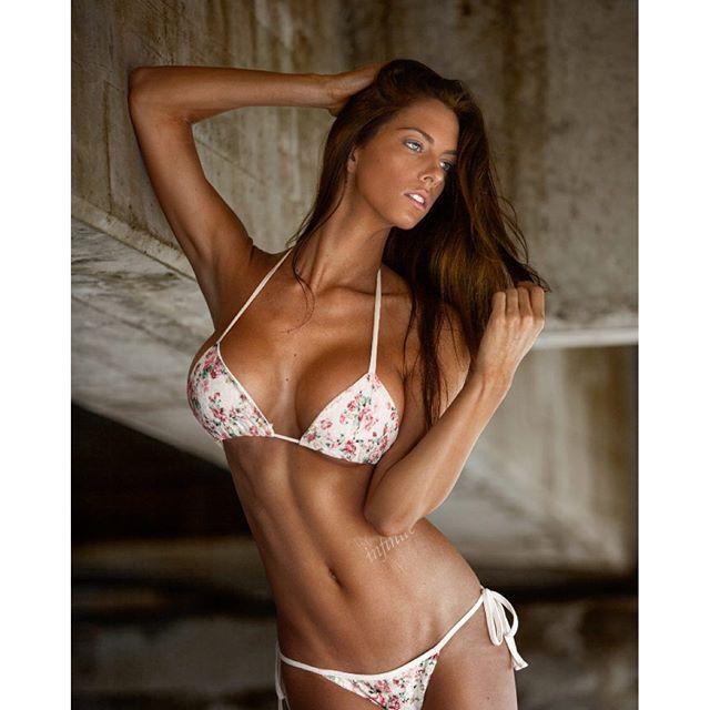 Janna Breslin ~ OnSportsman