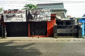 Rumah Di Jual Lokasi Pinggir Jalan Raya