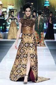Model Gaun Kebaya Pesta Rancangan Ivan Gunawan Terbaru