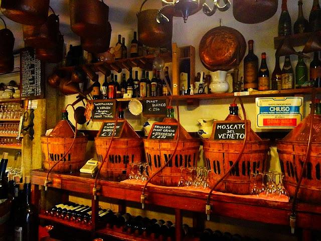Bacaro Cantina Do Mori, Benátky, typická benátská hospůdka