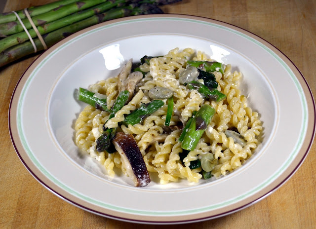 Pasta with Spring Vegetables - Pasta Primavera