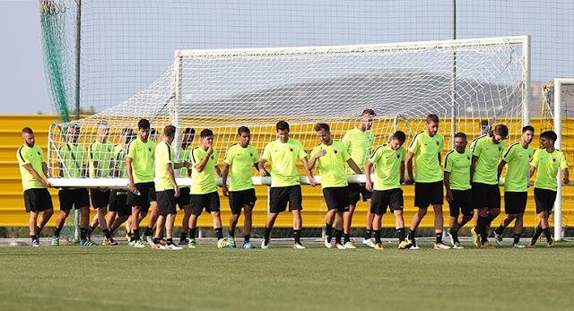 Το ρεπορτάζ της σημερινής προπόνησης των ποδοσφαιριστών της ΑΕΚ