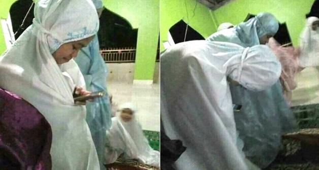 Gadis Pegang Telefon Ketika Solat, Ini Baru Betul-Betul Fenomena #DoneTerawih!