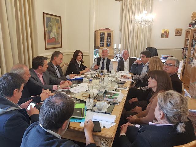 """Εκτελεστική Επιτροπή Περιφέρειας Πελοποννήσου: """"Ενισχυμένη η πολιτική θέση της Πελοποννήσου με το Αναπτυξιακό Συνέδριο"""""""
