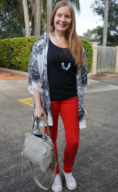 bright red skinny jeans colourful touch with neutral black white kimono converse outfit | away from blue