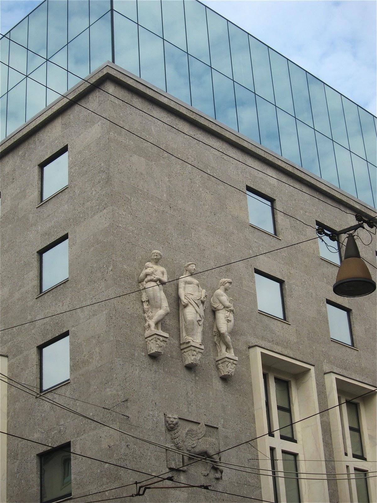 Armani Hotel Milano In 2019: Contessanally: December 2011
