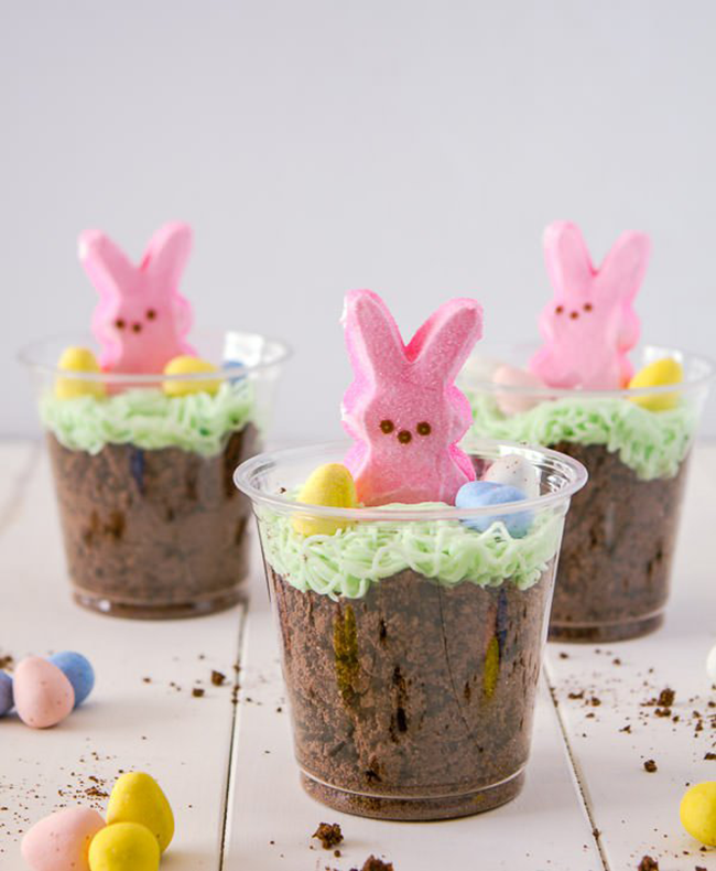 Five Easter Treats {Bunny Dirt Cups} // A Style Caddy