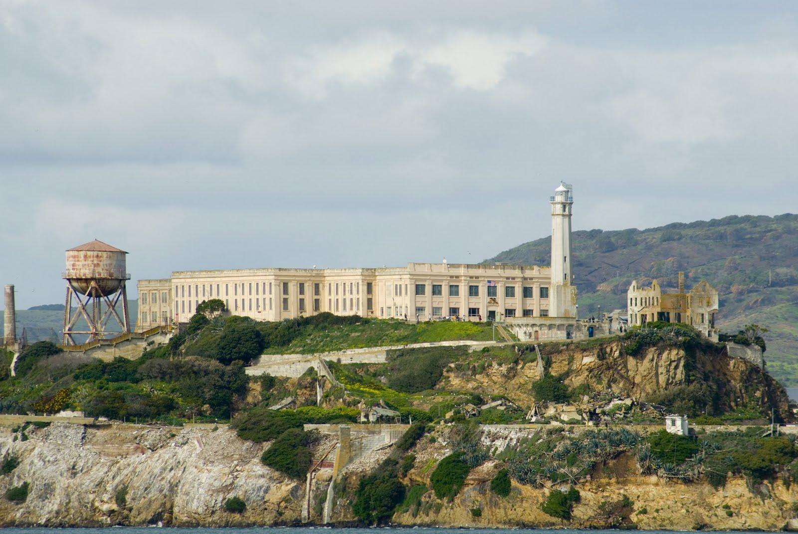 Inside Alcatraz: 44 Historic Photos Of America's Most Notorious Prison