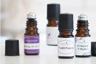https://www.youngliving.com/blog/diy-perfume-with-essential-oils/#utm_source=pse-us&utm_medium=facebook&utm_campaign=perfume-08-2018-us