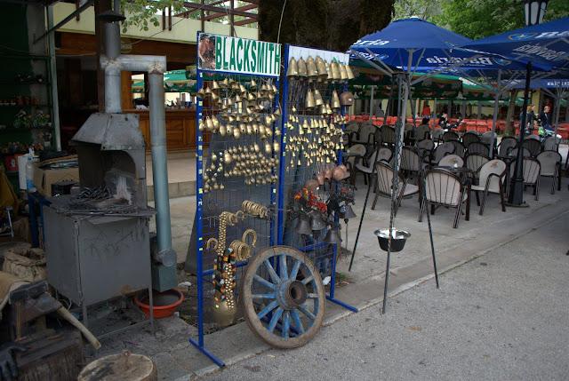 Сувениры из кузницы в Цетинье.