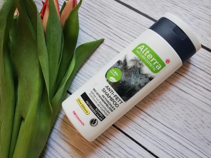 Alterra szampon z węglem aktywnym