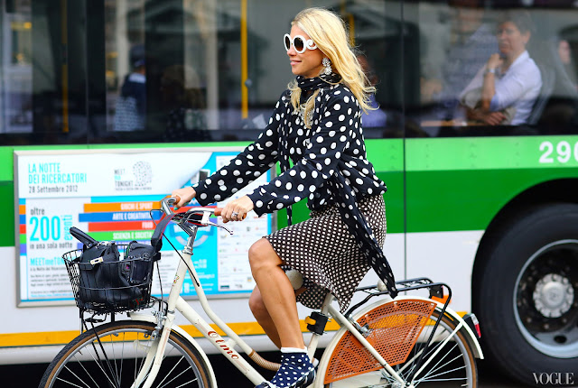 zanna bianca polka dots total look outfit pois street style pois come abbinare i pois tendenze primavera estate 2016 mariafelicia magno fashion blogger fashion blog italiani color block by felym blogger italiane polka dots outfit how to wear polka dots ss trend