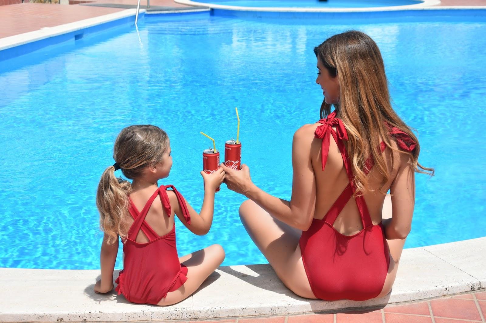 Share a Coca? - Costumi coordinati mamma e figlia