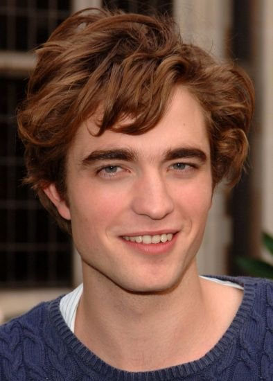robert pattinson cool messy hairstyle