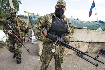 Росія перекидає на кордон з Україною зброю та армію - розвідка