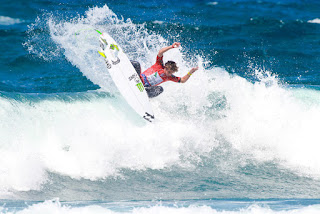 34 Griffin Colapinto USA Azores Airlines Pro foto WSL Laurent Masurel