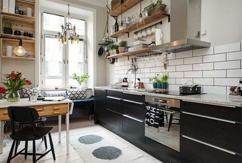 Finestra sopra lavello soluzione. simple anche in cucina ritroviamo