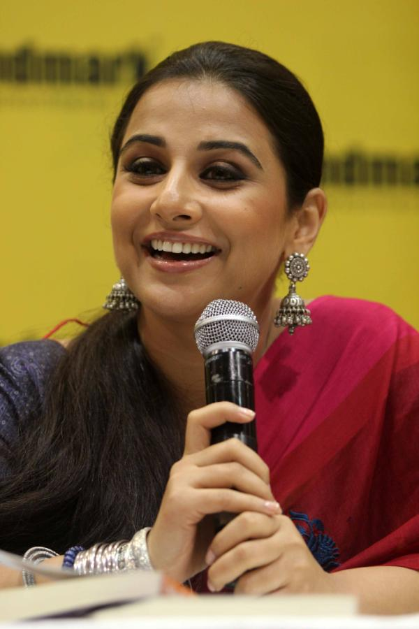 Vidya Balan Latest Smiling Photos In Red Saree