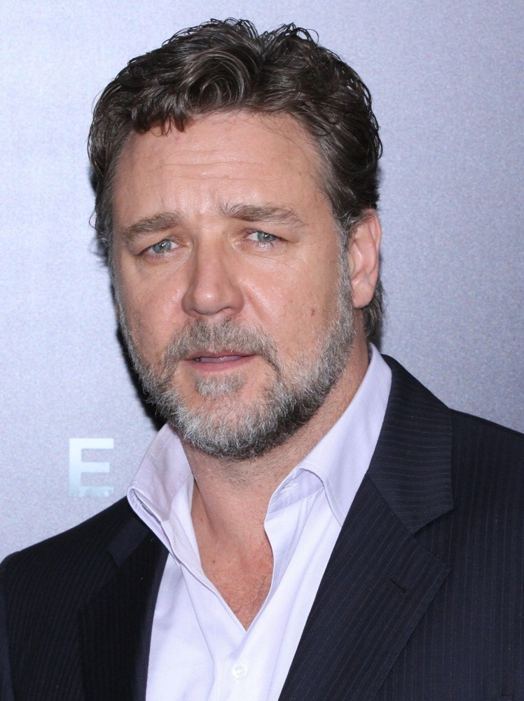 Russell Crowe Family, ...