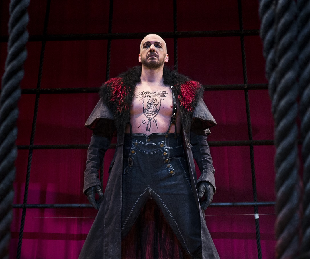 IN PERFORMANCE: Bass-baritone WAYNE TIGGES as Der Holländer in Virginia Opera's production of Richard Wagner's DER FLIEGENDE HOLLÄNDER, April 2016 [Photo by Lucid Frame Productions, © by Virginia Opera]