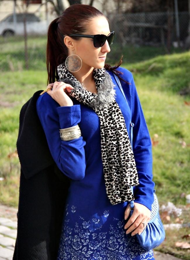 leopard print white gray black velvet scarf