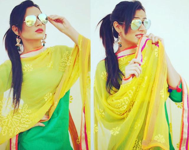 Desi instagram oshin brar hot hd photos - Punjaban wallpaper ...
