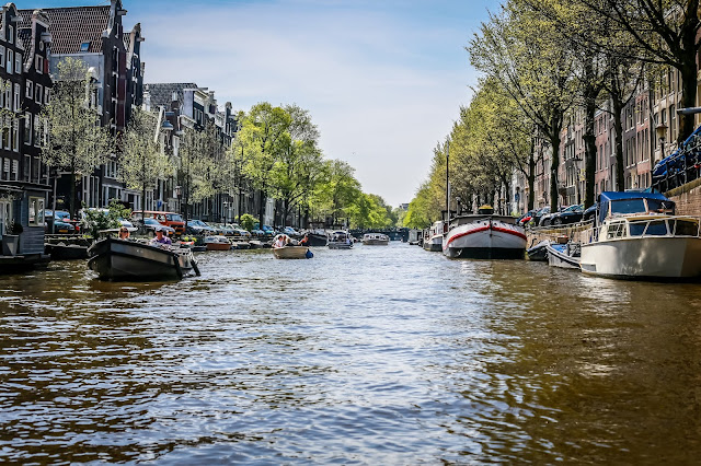 The canals of Amsterdam, mandy charlton, photographer, writer, blogger, 5 views you must see before you die, travel photography