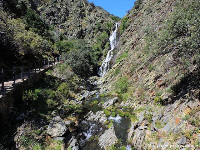 Cascada del Chorrituelo o Chorritero, Ovejuela, Las Hurdes