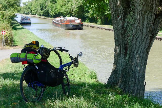 De Paris à Narbonne en vélo, Briare