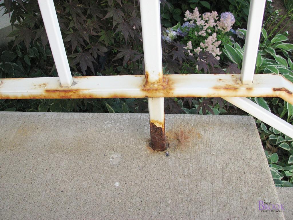 Spray Painting a Metal Railing {Krylon Rust Protector ...