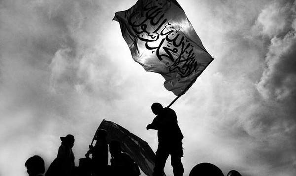 Polisi Siapkan Pasal bagi Pembawa Bendera HTI
