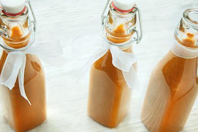 DIY Holiday Foodie Gifts...10 Fun Ideas (sweetandsavoryfood.com)