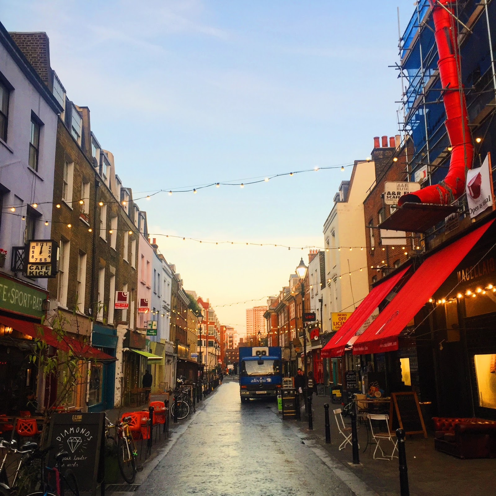 Cool Places In London For Lunch: Bow Dream Nation: London Lifestyle Blog: Where To Have