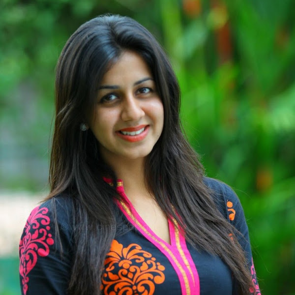Nikki Galrani latest hot photos in churidar