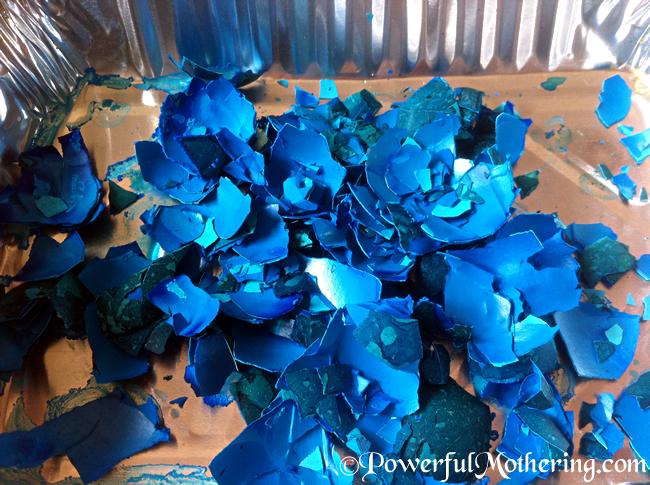 How to dye egg shells for sensory play