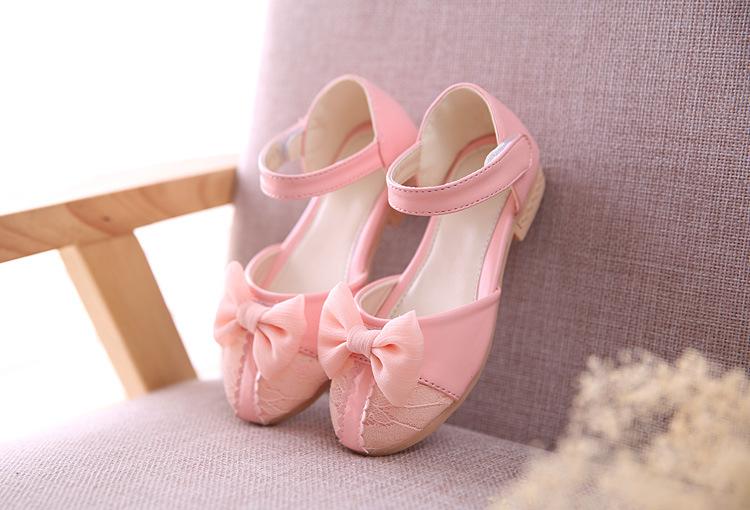 sandal bé gái