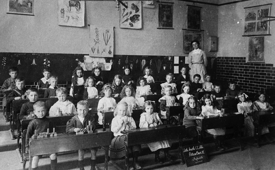 Photograph of the Infants Class of Little Heath Elementary School  c1913