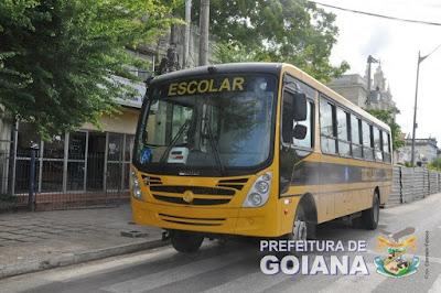 GOIANA: Prefeitura apresenta ônibus escolar com acessibilidade para cadeirantes